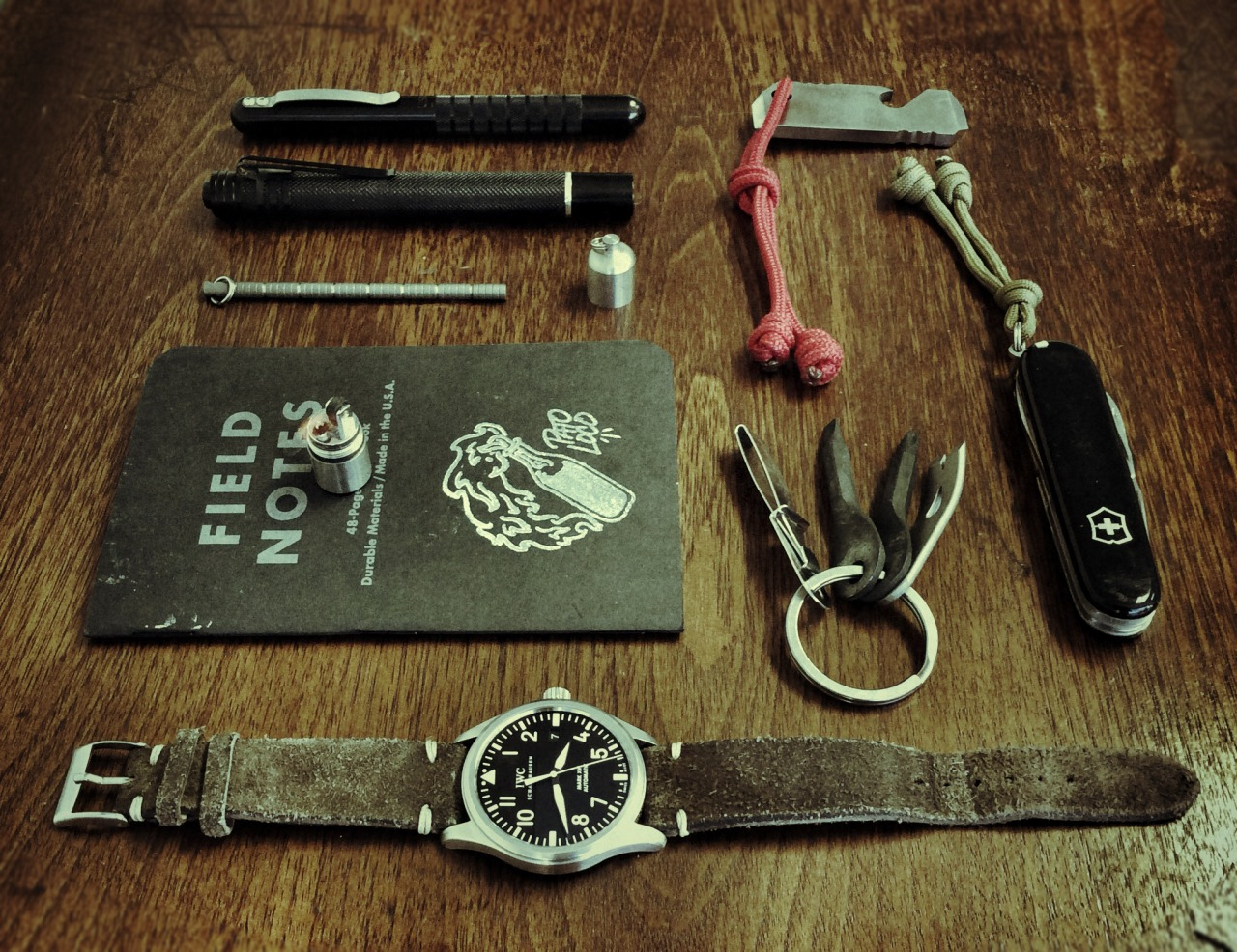 thenewartemis :      Artemis: Nice! Love the tones and textures in this photo. Can you tell me a bit more about the tools on your keyring? Did you make your paracord monkey fists yourself? I like that they add some personality to your EDC. Thanks for submitting!