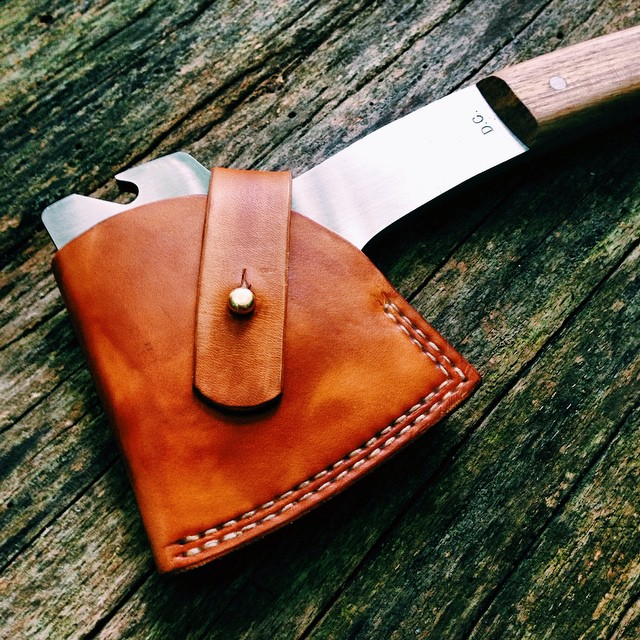 woodnsteel :     The first run of Hackberry hatchets will go out mid October.  Make sure you order soon if you still want in on the first batch!  #woodnsteel #handmade #hatchet #axe #wood #outdoors #camping #hiking #hunting #backpacking #menswear #fall #autumn #vsco #vscocam #hickory #edc #knives #knifemaking #leather