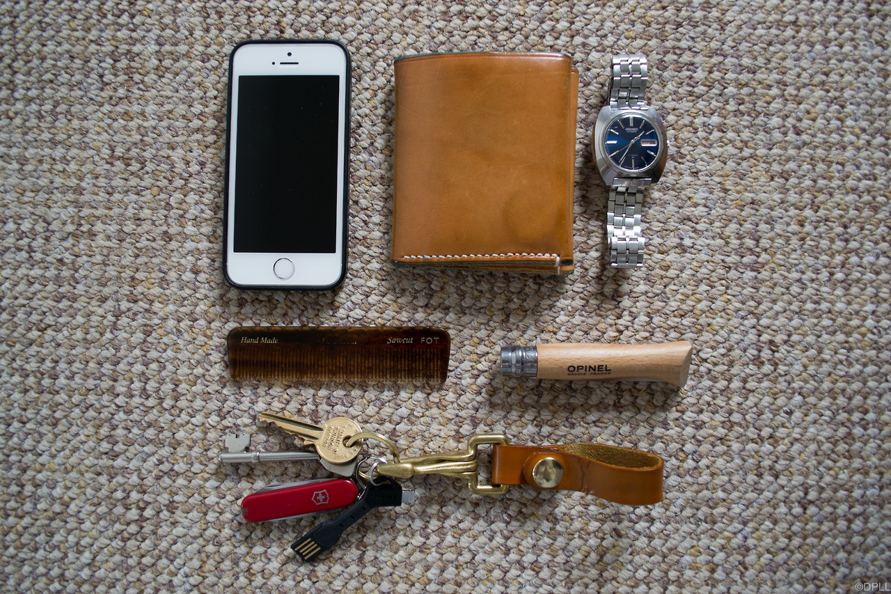 Thank you  davidpll  for submitting    iPhone 5s, Ashdown Workshop wallet, Seiko 17 jewel automatic, kent pocket comb, opinel no. 6, wolf hill brand leather belt loop, nomad charge key & victorinox classic swiss army knife    Submit Yours