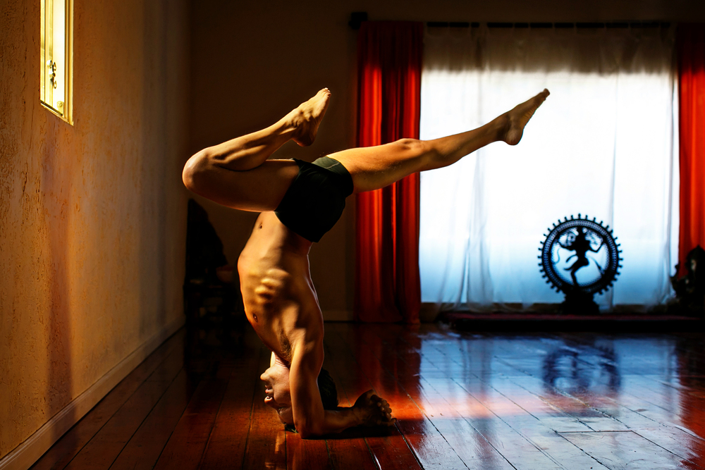 tony_g_yoga_01_retouch.jpg