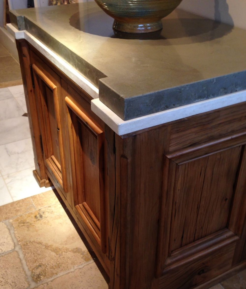 cabinettop1.jpg