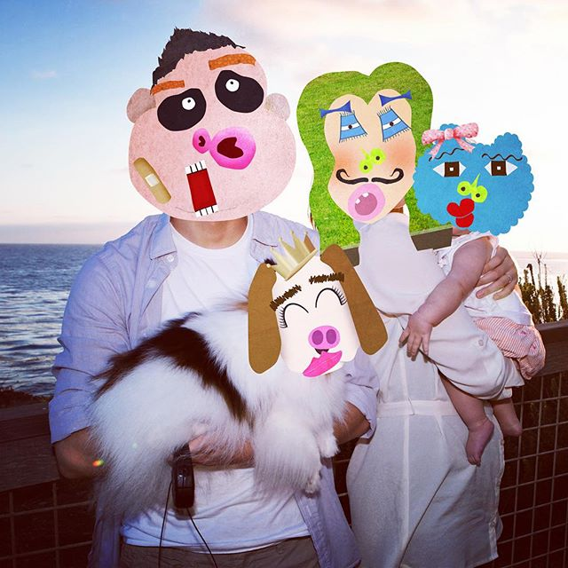 Happy Thanksgiving from the #dreamingdaddy family!  Face It Workshop #app allows you to create #funnyfaces and attach them on to your photos. #stickers #learningthroughplay #kidsfun #creativity #learningthroughplay #learnthroughplay #funforkids #preschool #funny #familyfun #makeface #character #playwithphoto #collage #familypicture