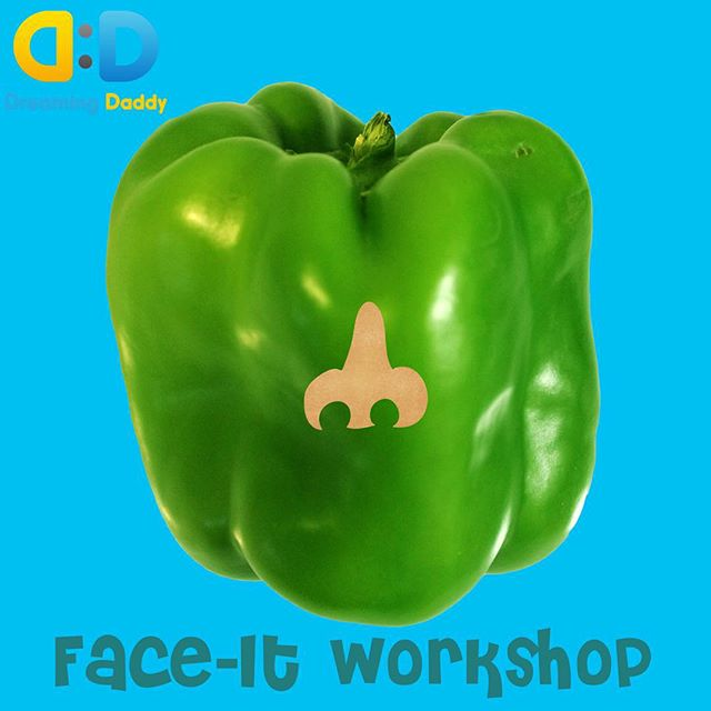 What face can you imagine with this green bell pepper?  #learningthroughplay #learnthroughplay #kidsbooks #funforkids #funnyfaces #creativity #imagination #dreamingdaddy #funnyfaces #funforkids #mommyandme #learningisfun #app #preschool #playwithphoto #kindergarten #art #fruitsandveggies #makefaces #bellpepper #character #toystagram