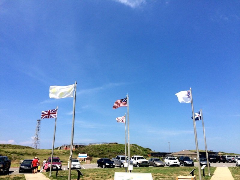 fort morgan flags