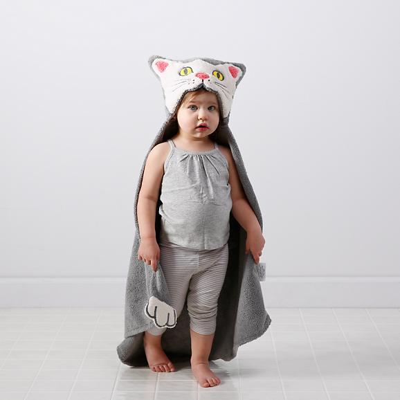 shy-little-kitten-hooded-towel-bath-set-1.jpg