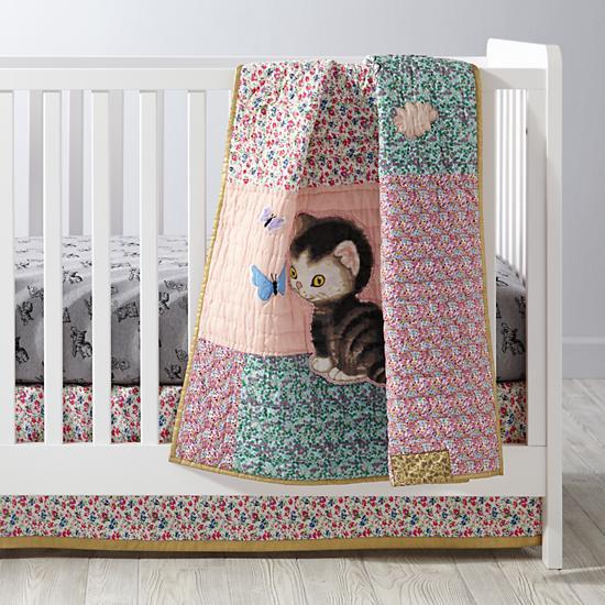 shy-little-kitten-crib-bedding.jpg