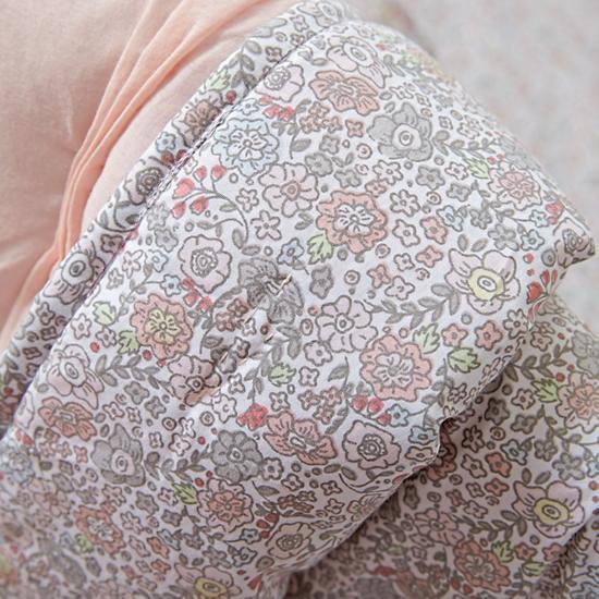 modern-chic-crib-bedding-pink.jpg