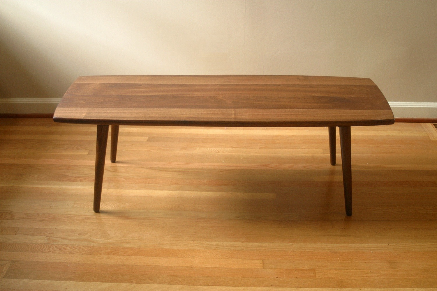 Coffee table in black walnut - Coffee Table In Black Walnut — The Flotsam Furniture Works