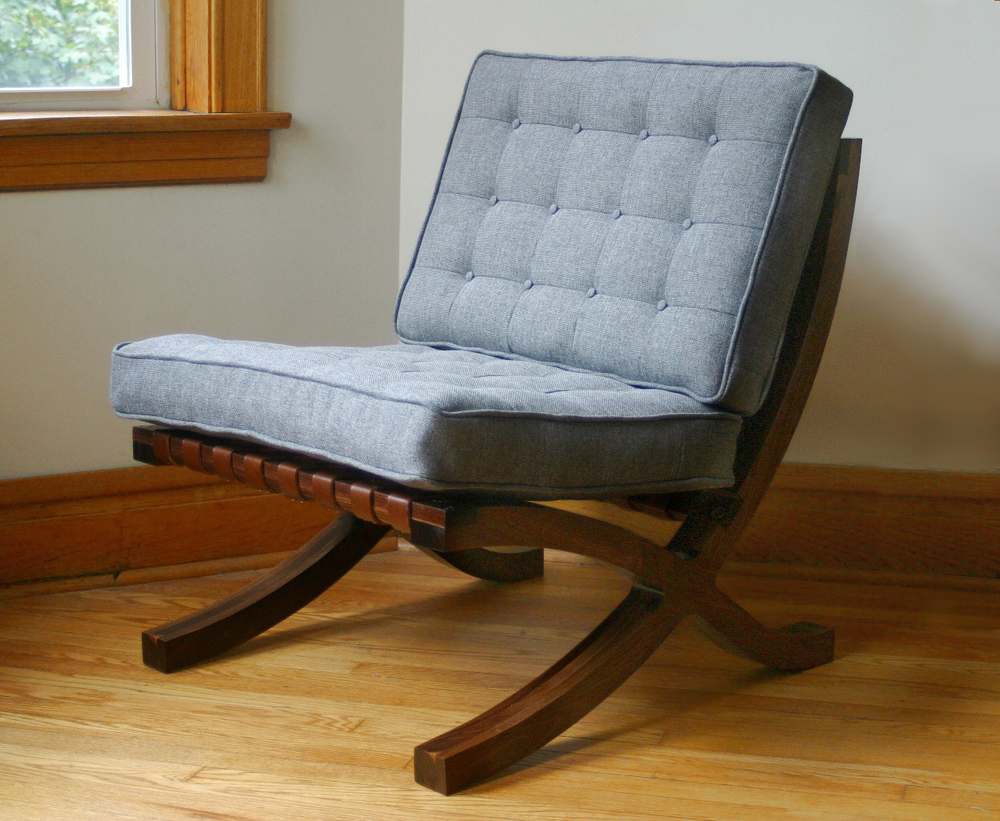 016 - Tess Stelzer Barcelona Chair (17).jpg