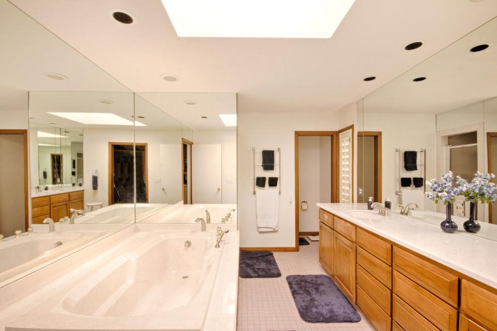 018_Master Bath 2.jpg