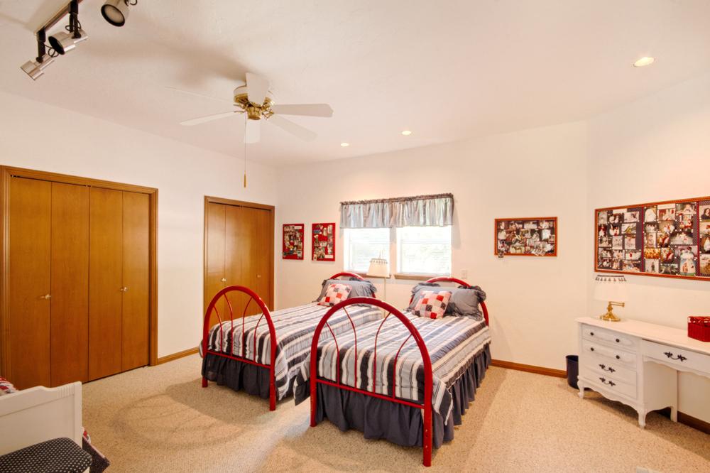 019_Bedroom A1.jpg