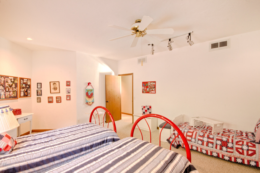 020_Bedroom A2.jpg