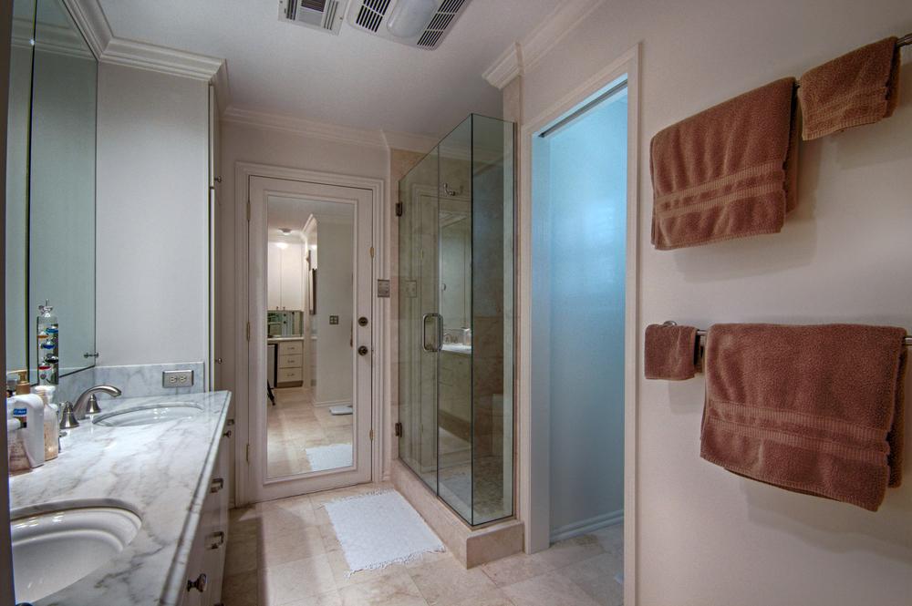 020 Master Bath (b).jpg