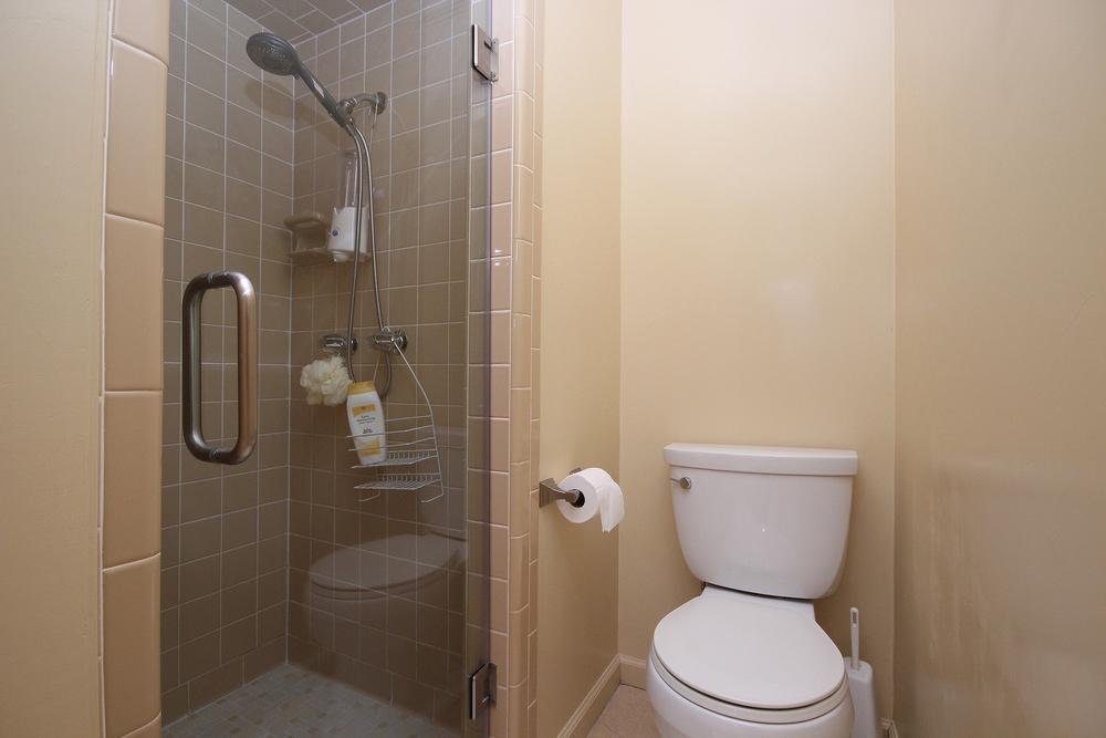 026 Bath 1(b).jpg