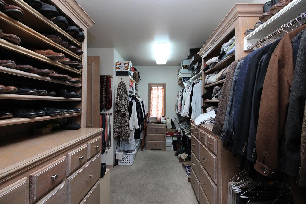021_Master Closet.jpg