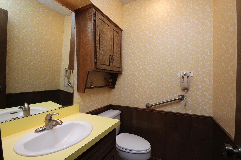 024_Bath 3.jpg