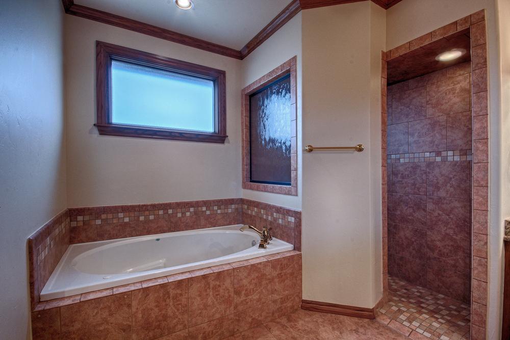 028_Bath 3(b).jpg