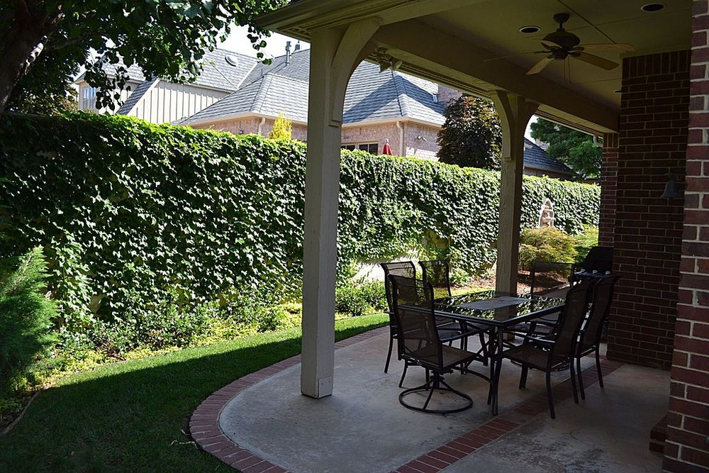 025 Outdoor-Covered.jpg