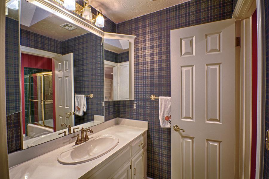 029_Bath 1.jpg