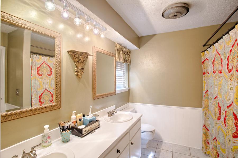 014_Master Bath.jpg