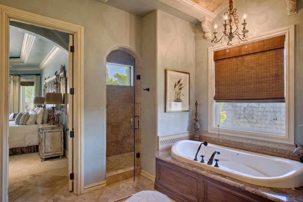 018_Master Bath B.jpg