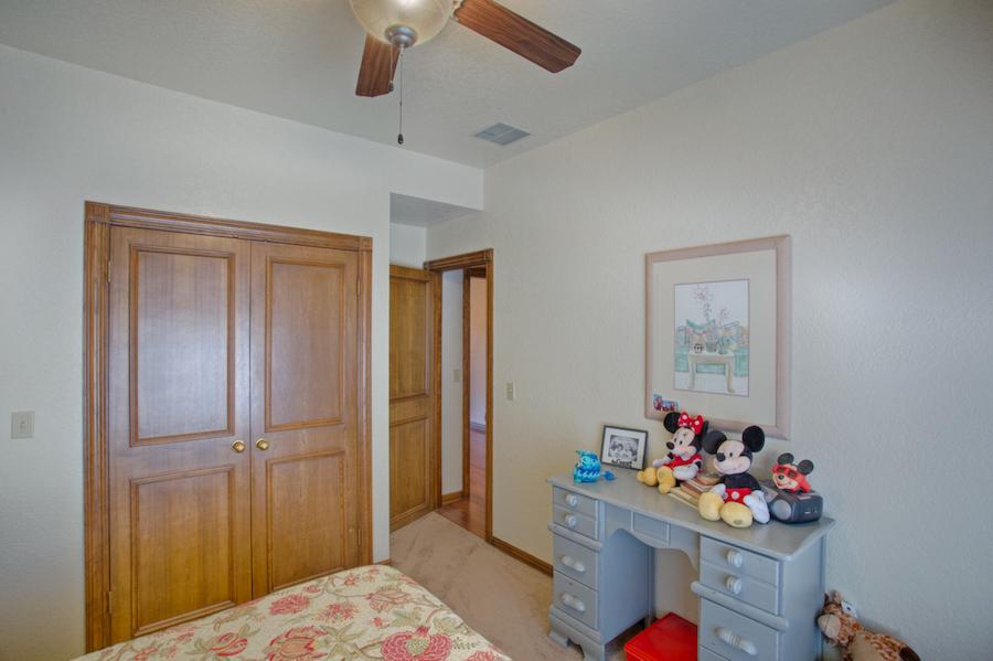 021_Bedroom 1B.jpg