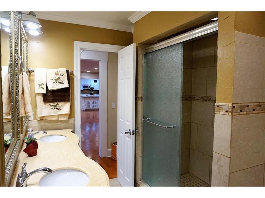 Hall Bath C.jpg