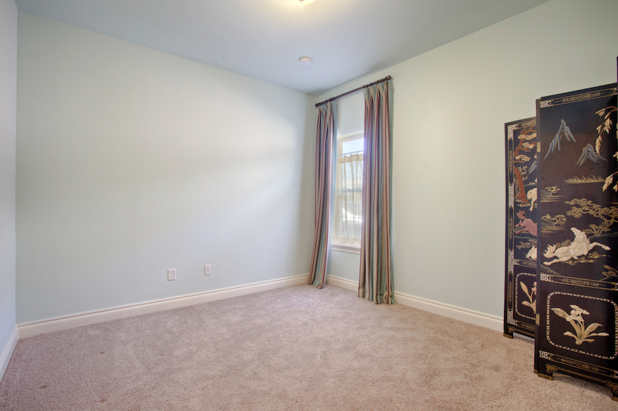 005Bedroom 1A.jpg