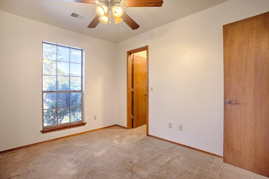 y-Bedroom 1C.jpg