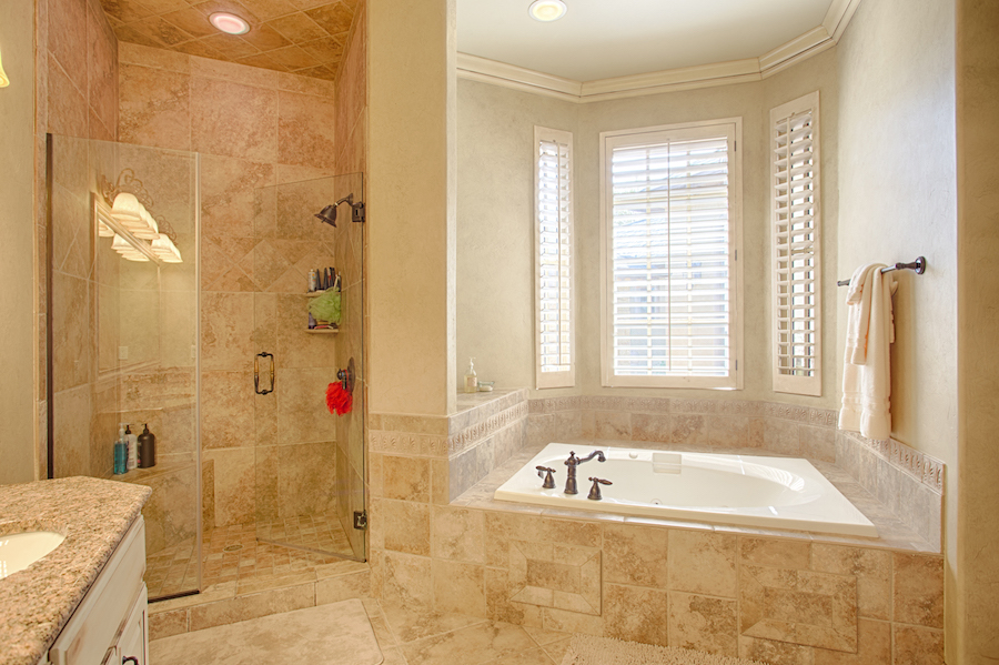 Master Bath B.jpg