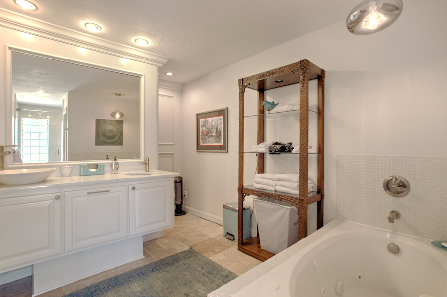 Master Bath A.jpg
