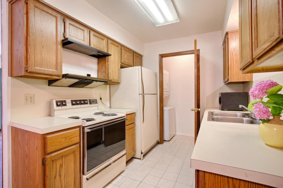 002-Kitchen A.jpg