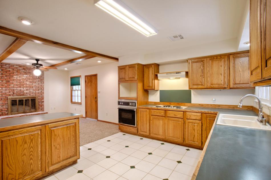 02-Kitchen C.jpg