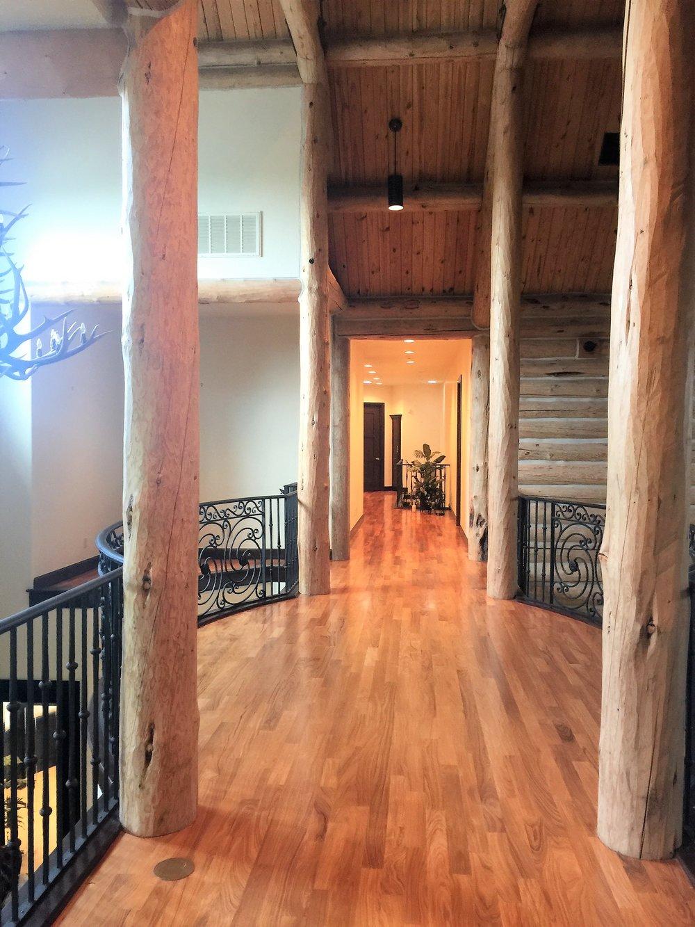 Upstairs hallway.JPG