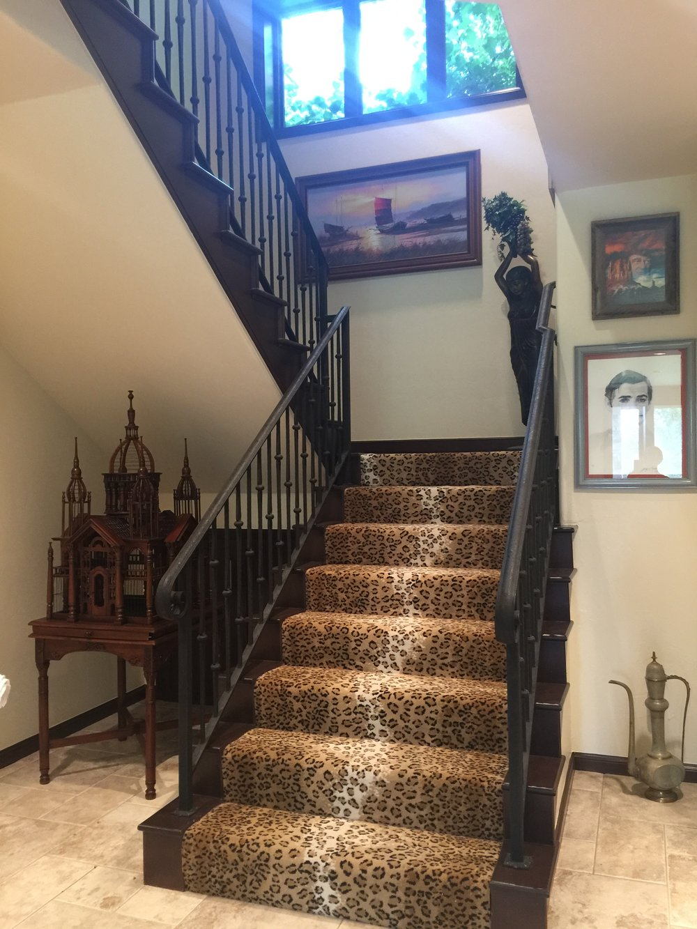 Second Stairs from downstairs.JPG