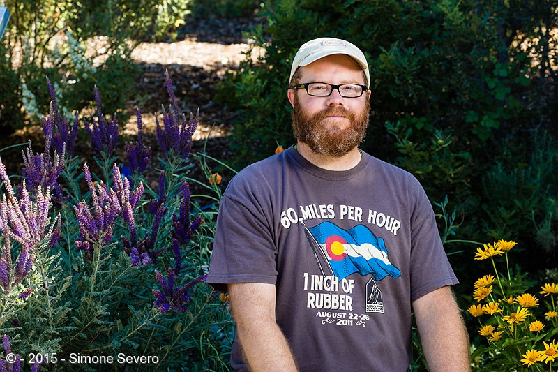 I met Brad when I was photographing flowers. He said he came from Monument to visit the gardens. He also likes photography, being flowers his favorite subject. We talked about the photography group and cameras, of course. He shoots with Sony, I use Canon. I took a test shot first to meter ambient light , then I added flash.
