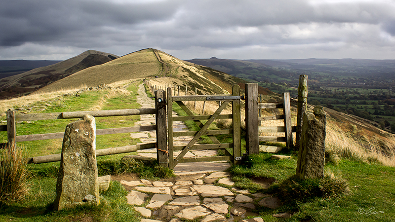 Clouds Over Mam Tor ©Chris Robertson