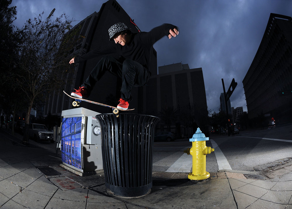 Jereme Knibbs - Bump up to 5/0 a tall Tampa garbage can / Photo: Aaron Austin