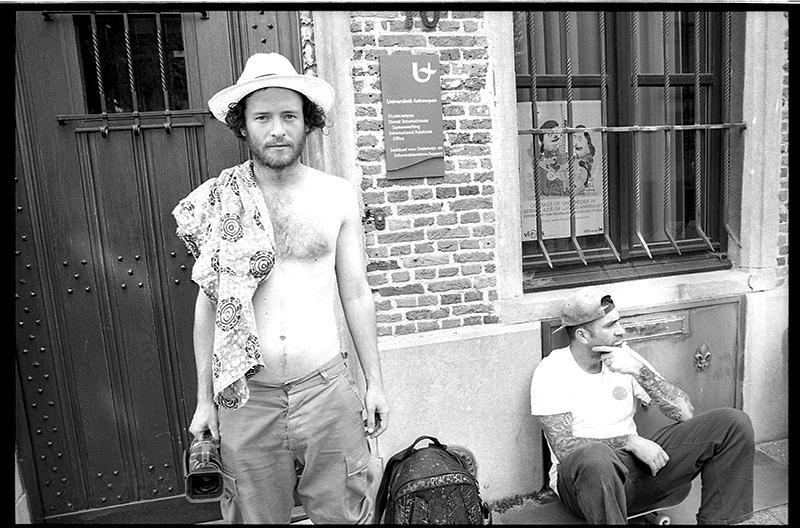 Zach and Bobby Worrest, Antwerp. Photo: Richard Hart