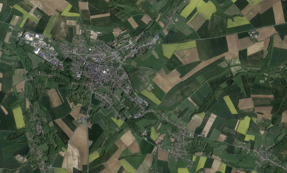 The real location for comparison - The town of Doullens, north of Amiens, France.