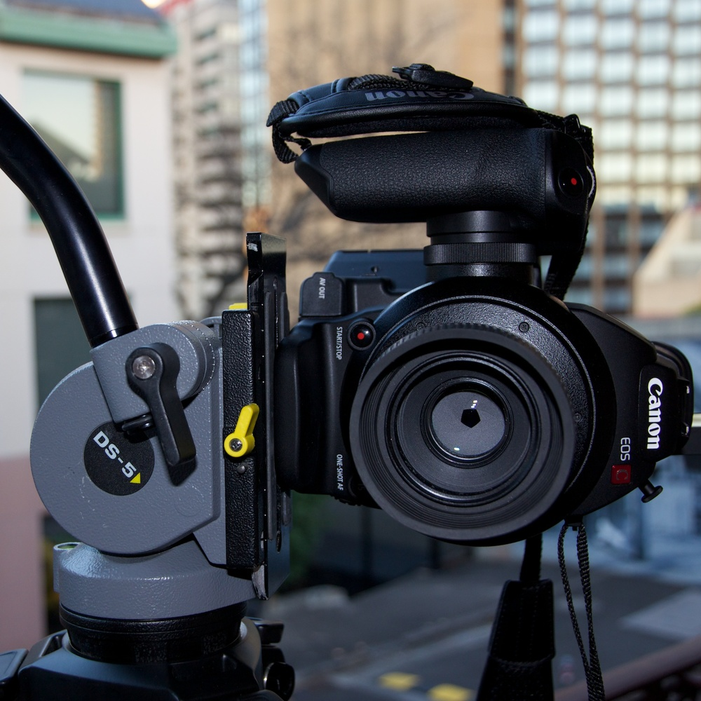 90º vertical camera tripod mount