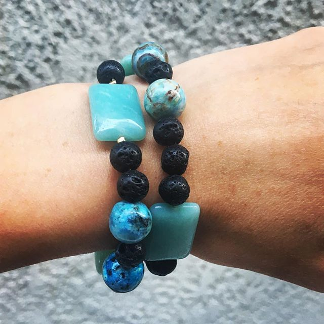 Trying something new, in shades of blue 🌎💎African Blue Opals & Chrysophase & Black Lava Raw Stones💎🌎 3 available @ $65 😎✌🏼️#newroxity #nwrxty #jewelrygram #bracelet #rawbeauty #gemstones #style