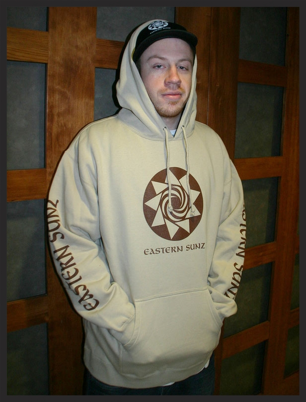 Macklemore representing the Sunz.