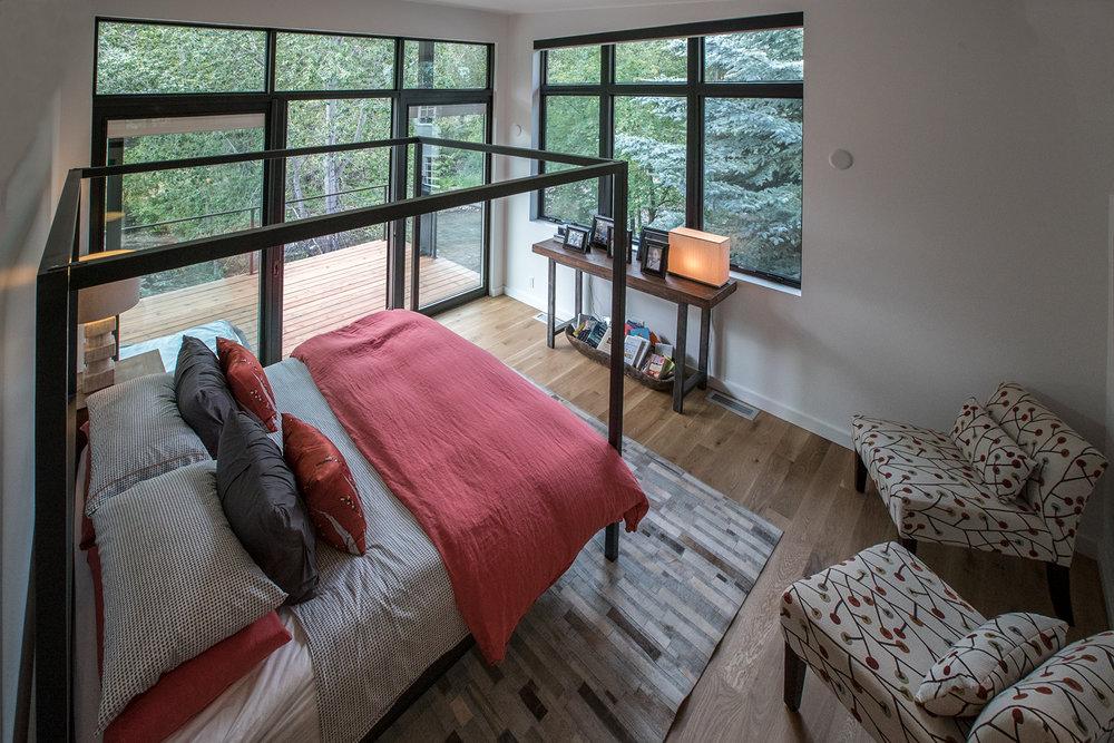 Master Bed-3_72dpi.jpg