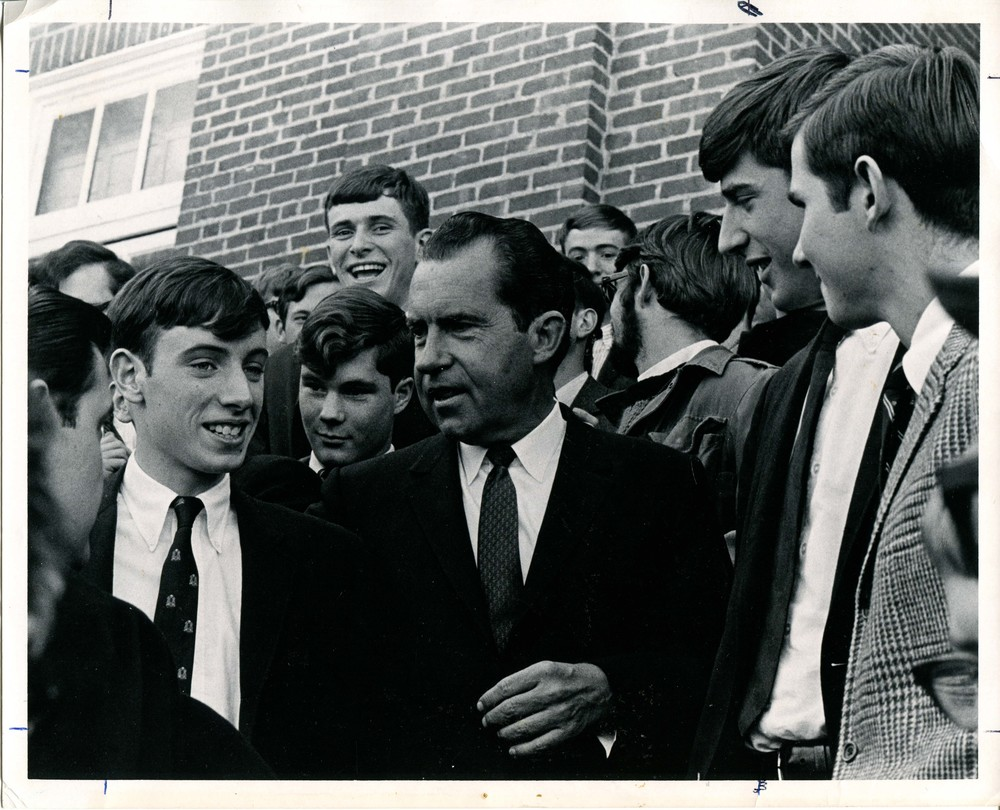 1968 -- NIXON IN LEXINGTON