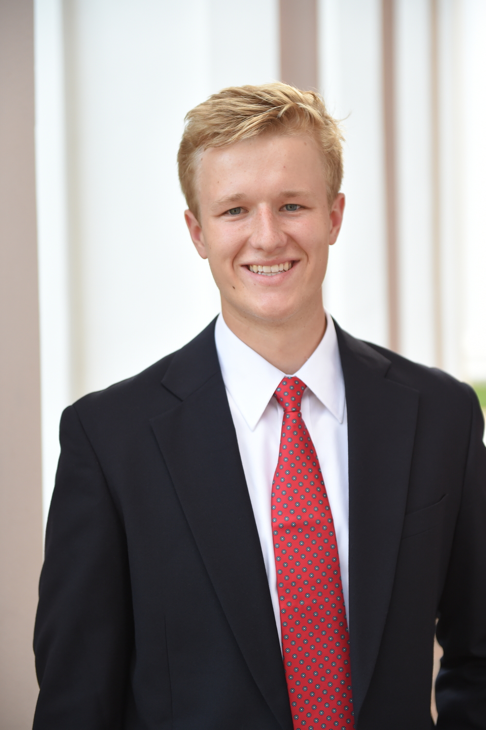 ANDREW McCAFFERY '16 GENERAL CHAIR