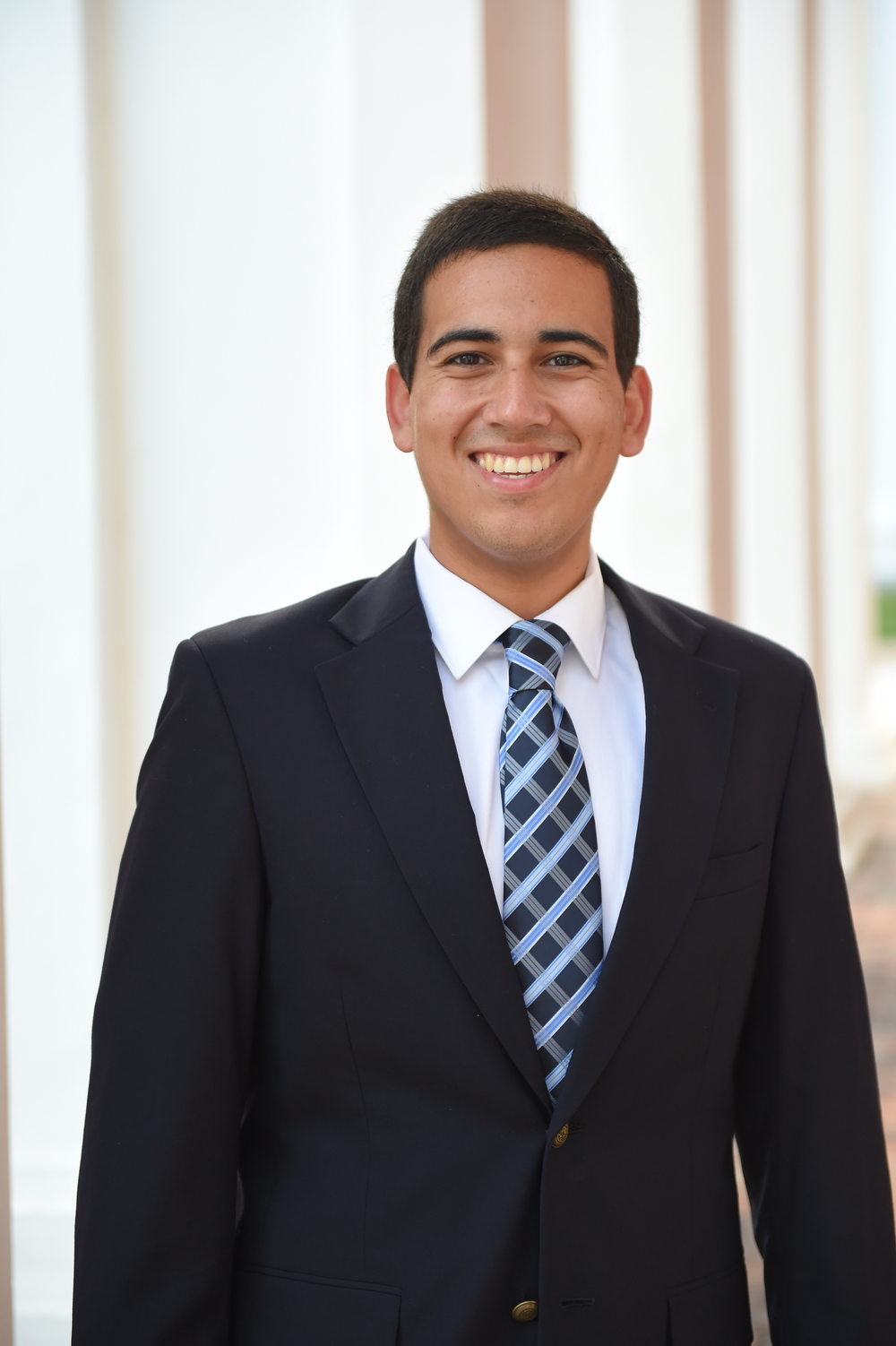 KEVIN ORTIZ '16 POLITICAL ANALYST