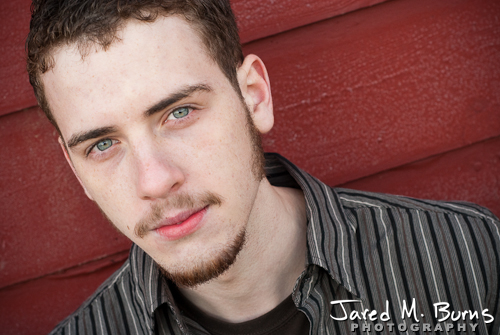 Duvall Cedarcrest Senior Guy Portrait Photographer - John McDonald Park, Carnation - Leaning on Barn