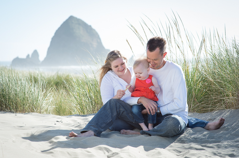 Snohomish Family Photographer - Canon Beach Family