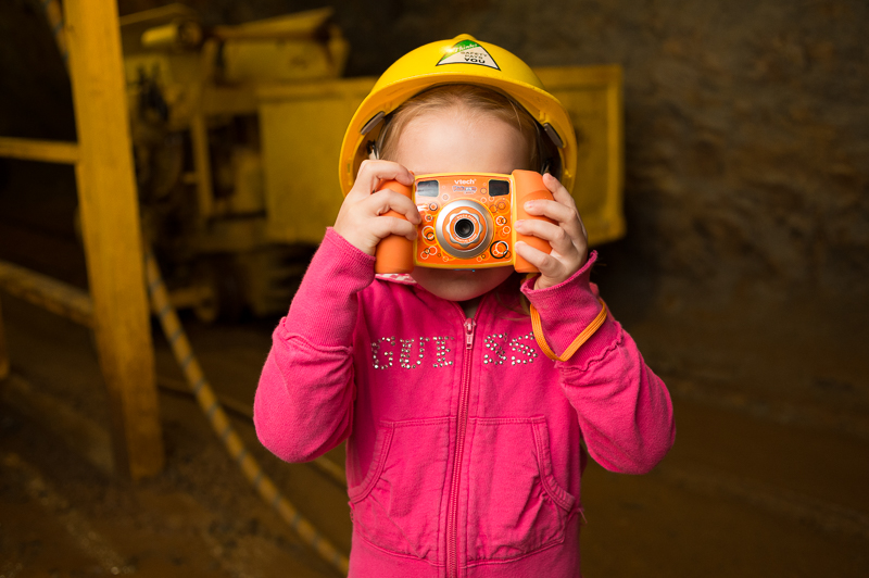 Snohomish Family Photographer - Girl with Camera 5